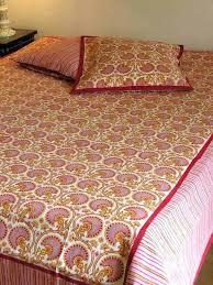 jet de canap jaune jete de lit jaune couvre lit montis beige jete de lit jaune
