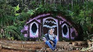 Ini Dia Lokasi Rumah Hobbit Di Jogja Deket Hutan Pinus Mangunan Bantul