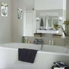 design ideas for to maximize those small bathroom spaces