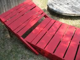 chaise longue palette palettes en bois créez votre propre meubles pour l extérieur