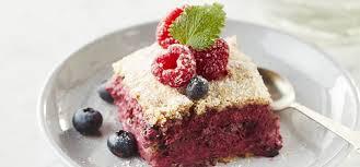 rezept für fragilité cake mit himbeer heidelbeer mousse