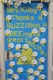 Halloween Classroom Door Decorations by Backyards Four Marrs And One Venus Teacher Appreciation Ideas
