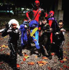 Halloween Town Characters by The 50 Most Epic Halloween Costumes For Last Minute Ideas Glamour