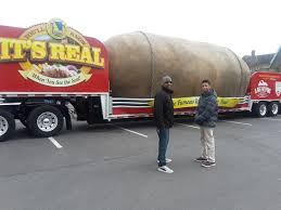 100 Liberty Truck Stop Worlds Largest Potato Made A Stop In East New