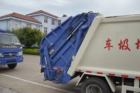 3 Ton 6 Cbm White Compactor Garbage Truck | China Special Truck ...