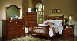 Vaughan bassett bedroom furniture – Bedroom at Real Estate