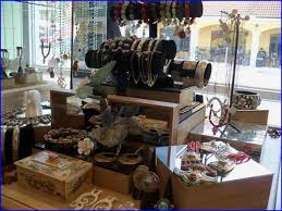 Jewelry Display Ideas For Boutiques