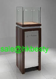 Modern Jewelry Showcase Display Cabient Showroom Furniture With 4 Pole Led Lights