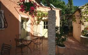 chambre d hote venasque du kairos à venasque gîtes et chambre d hôtes aux portes du