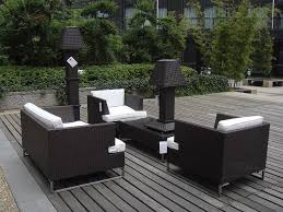 Patio Floor Lighting Ideas by Amazing Wooden Flooring Ideas Under Black And White Sofa Round