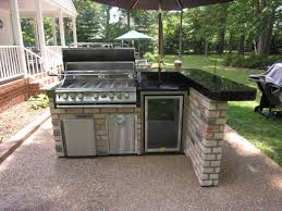 Built In Grill On Superb Outdoor With Bar Kitchen Design L Shaped Plan Shiny Quartz Countertops Stainless Steel Storages