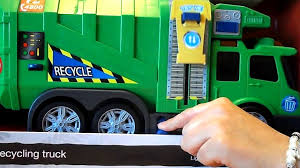 2016 DICKIE TOYs MOTORISED GARBAGE TRUCK REVIEW - YouTube Blue Toy Tonka Garbage Truck Picking Up Trash L Trucks Rule Videos For Children On Route Formation Cartoon Video For Babies Kindergarten Youtube When It Comes To Garbage Trucks Bigger Is No Longer Better The Star Toys Dickie Recycle Geelong Cleanaway Raptor At The Dump Part 1 Lego City Itructions 4432