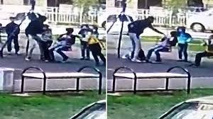russian dad slaps u0027bullies u0027 who picked on his son