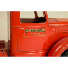 Smith Miller L. Mack P-I-E Freight Truck | Witherell's Auction House