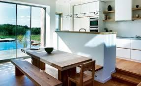 offene küche mit aussicht zum gartenschwimmbad offene
