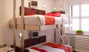luxury bunk bed hotels the pod hotel offers manhattan rooms