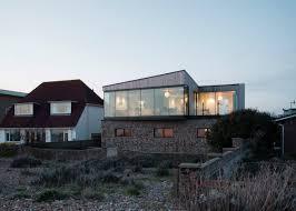 100 Beach House Architecture Shoreham By ABIR Architects Has Beachpebble Walls