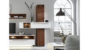 interliving wohnzimmer serie 2102 designsäule dunkles asteiche furnier weißer mattlack zweiteilig