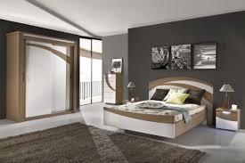 décoration chambre à coucher peinture modele peinture chambre adulte deco chambre marron et photo