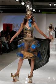10 Fashion Runway Clothing That Is Weird And Wacky
