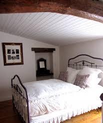 chambre en lambris chambre romantique photo 2 3 j ai peint le lambris ciré les