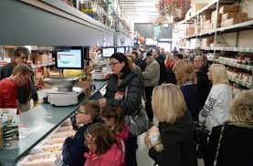 Shopping On Christmas Eve Heres When Some Wichita Stores Close