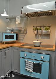 Just As Mid Century Modern Decor Has Seen A Resurgence In Recent Years The Kitchen Followed Suit And Retro Appliances Have Been Making