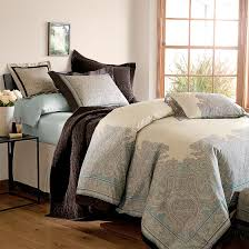 High End Bedspreads Victorian Style Bedroom with Venetian Old