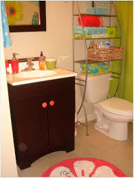 Small Bathroom Decor Ideas Pinterest by Bathroom 1 2 Bath Decorating Ideas Decor For Small Bathrooms