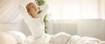 schlafzimmer mit der optimalen einrichtung zum erholten