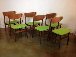 Outstanding Set Of 6 Mid Century Modern Teak Dining Chairs