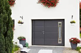 porte de garage basculante motorisée ateliers goudier