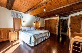 chalet 6 chambres chalet à louer tremblant la québecoise 6 chambres royal laurentien
