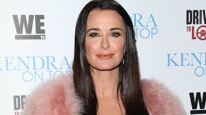 Kyle Richards Halloween by We Done Accusing Rhobh U0027s Kyle Richards U0027 Husband Of Cheating On Her