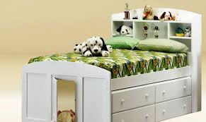 Beds At Walmart by Daybeds Wood Pallet Daybed Day Beds At Walmart Dark Trundle