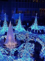 Twinkling Christmas Tree Lights Canada by 1820 Best Christmas Lights Images On Pinterest Europe