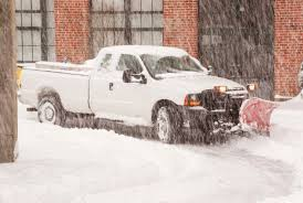 Tips For Driving In The Snow With Four Wheel Drive - Trick Trucks