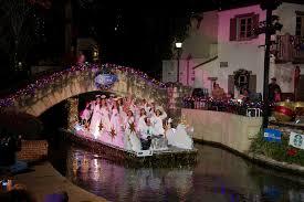Parade Float Decorations In San Antonio by San Antonio Has Full Holiday Calendar San Antonio Express News