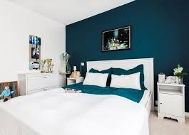 decoration chambre peinture déco salon couleur de peinture pour chambre bleu petrole lit