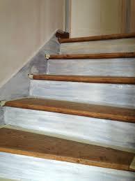 peindre un escalier sans poncer comment repeindre un escalier en bois peindre sans poncer