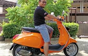 Test Ride Vespa Sprint 150 3Vie 2016