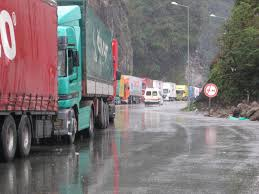 Truck Traffic Normal At Iran-Turkey Border | Financial Tribune