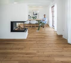 wohnwelt fußboden im wohnzimmer hochwertige bodenlösung