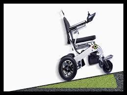 fauteuil tout terrain electrique fauteuil roulant tout terrain 16602 fauteuil idées