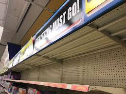 toys r us siege social sad images of empty shelves at toys r us ahead of closure