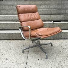 Herman Miller Eames Soft Pad Executive Chair by Herman Miller Eames Aluminum Group Soft Pad Lounge Chair At 1stdibs