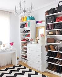 Vestidores low cost Mi vestidor con estanteras billy y c³modas
