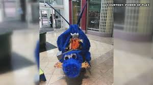 Halloween City Knoxville Tn by Knoxville Group Builds Halloween Costumes For Wheelchairs