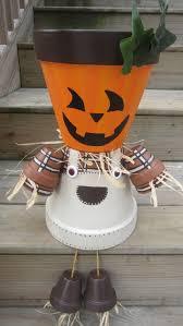 Halloween Yard Decorations Pinterest by Pumpkin Scarecrows Made From Terracotta Claypots Halloween