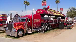 The 18-Wheeler Grill | Travel Channel